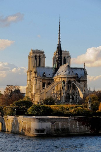 Stock Photo: 1566-676145 Notre Dame cathedral, Paris, France