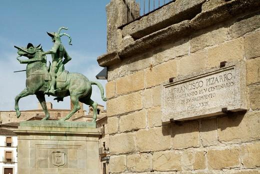 Stock Photo: 1566-677853 Trujillo (Cáceres). Spain. Monument. Hernán Cortés.