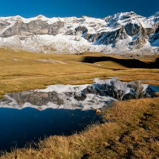 Stock Photo: 1566-678303 Troumouse cirque. French Pyrenees. France.