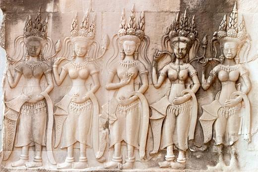Asia, Cambodia, Siem Reap, Angkor Wat (b. 12th century). Apsara figure, temple wall : Stock Photo
