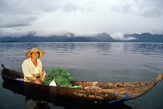 Stock Photo: 1566-683275 fisherman with dugout on the lake Maninjau, Sumatra island, Republic of Indonesia, Southeast Asia and Oceania