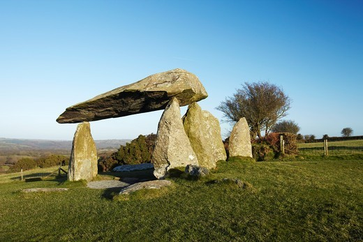 Stock Photo: 1566-688793 Pentre Ifan, Neolithic Burial Chamber, Pembrokeshire, West Wales, UK