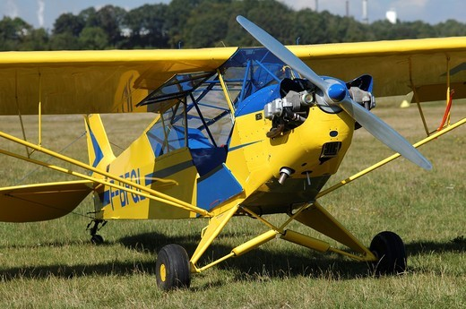 Stock Photo: 1566-690866 Piper Cub J-3 is an historic and also world famous light aircraft trainer