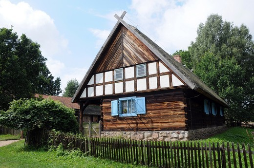 Original late 19th century hut left with corner arcade from Warmia region, Ethnographic Park in Olsztynek, Poland : Stock Photo