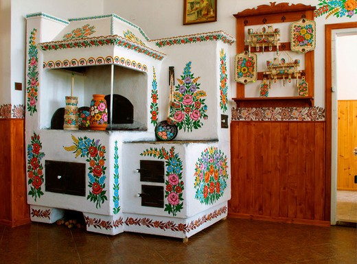 Stock Photo: 1566-694023 Hand painted flowers on oven in picturesque Zalipie of Poland