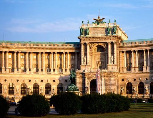 Stock Photo: 1566-695890 Hofburg Palace in Vienna. Austria