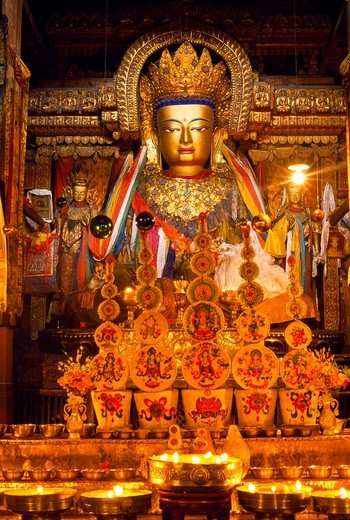 Stock Photo: 1566-696724 Buddha Shakyamuni  Pelkor Chode Monastery  Gyantse  Tibet  China.