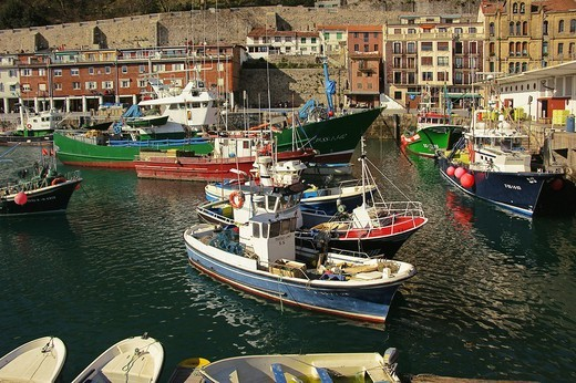 Stock Photo: 1566-699445 Old fishing harbour, San Sebastian, Guipuzcoa, Basque Country, Spain