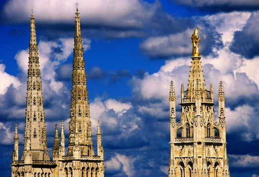 Stock Photo: 1566-699849 France-Aquitaine- Gironde- the 2 towers of the Cathedrale and the Pey Berland tower with the golden statue of the Virgin, at Bordeaux