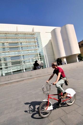 Stock Photo: 1566-701852 MACBA. Museum of Contemporary Art (1987-1995 by Richard Meier). Plaça dels Àngels. Barcelona. Catalonia. Spain