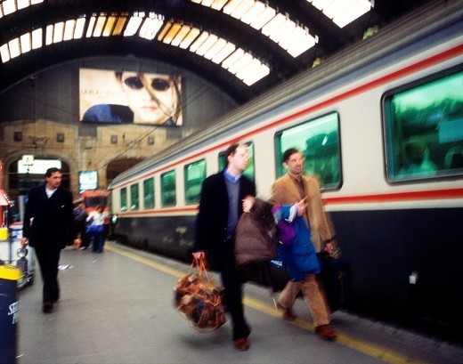Milano, central railway station : Stock Photo