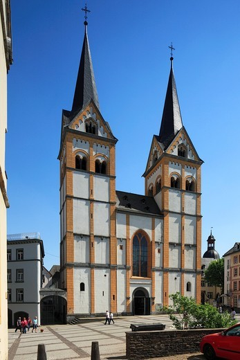 Stock Photo: 1566-703408 Germany. Koblenz. Germany. Koblenz, Rhine, Moselle, Maifeld, Eifel, Hunsrueck, Westerwald, Rhineland-Palatinate, Florin church, former Chorherrenstift St  Florin, parish church, evangelic church, Romanesque style, westwork, UNESCO World Heritage Site Oberes Mittelrheintal, Upper Middle Rhine