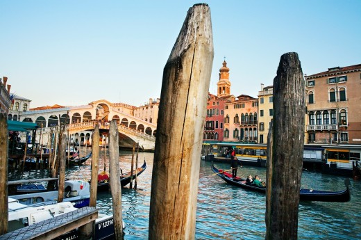 Rialto Bridge over Grand Canal, Venice, Veneto, Italy : Stock Photo
