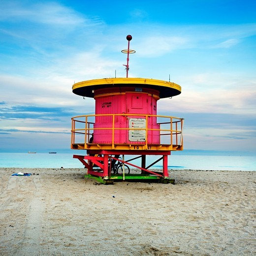 Stock Photo: 1566-706081 Lifeguard stand in South Beach, Art deco district, Miami beach, Florida, USA