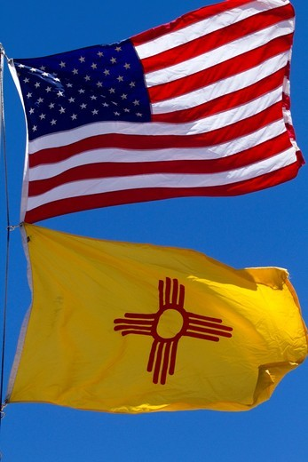 Stock Photo: 1566-717071 United States and New Mexico State Flag, New Mexico, USA