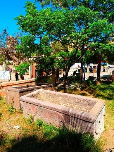Stock Photo: 1566-719947 Ptolomaic Sarcophagus, Kom El Shogafa, Catacombs, Alexandria, Egypt