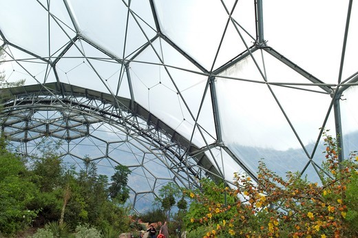 Stock Photo: 1566-722632 The Eden Project is a visitor attraction including the world´s largest greenhouse  Inside the artificial biomes are plants that are collected from all around the world  Cornwall  United Kingdom//