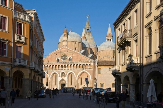 Stock Photo: 1566-728877 Saint Anthony Church (Basilica) - Padova, Italy