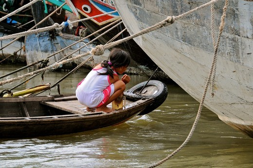 Stock Photo: 1566-730374 Vietnam, Can Tho province, Mekong Delta, Can Tho Floating Market