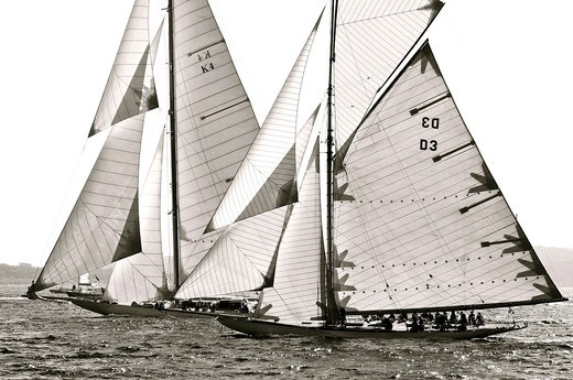 France, Var 83, Saint-Tropez, Les Voiles de Saint-Tropez meet every year in late September of beautiful classic yachts competing in regattas superb here Cambria ji marconi 23 m 37 45 m Long launched in 1928 - William Fife Plan - Fife & Son Shipyard : Stock Photo