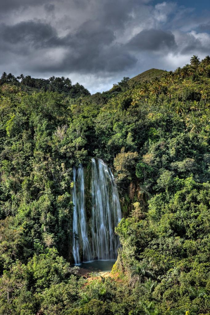 Stock Photo: 1566-735382 Waterfall Cascada El Limon, Las Terrenas, Samana Peninsula, Dominican Republic