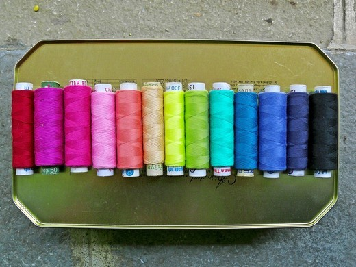 Stock Photo: 1566-739061 Colorful spools of thread, Pune, Maharashtra, India