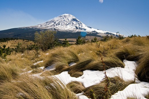 Popocatepetl volcano view : Stock Photo