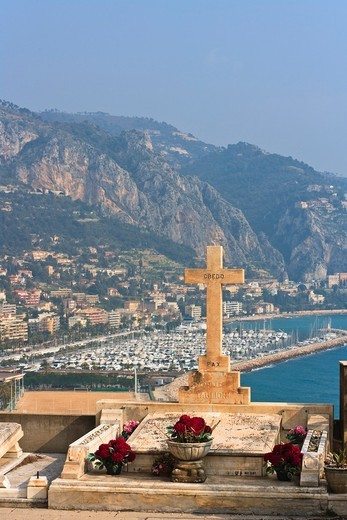 View from the Cemetiere du Vieux-Chateau over the Cote d´ Azur, France, Europe : Stock Photo