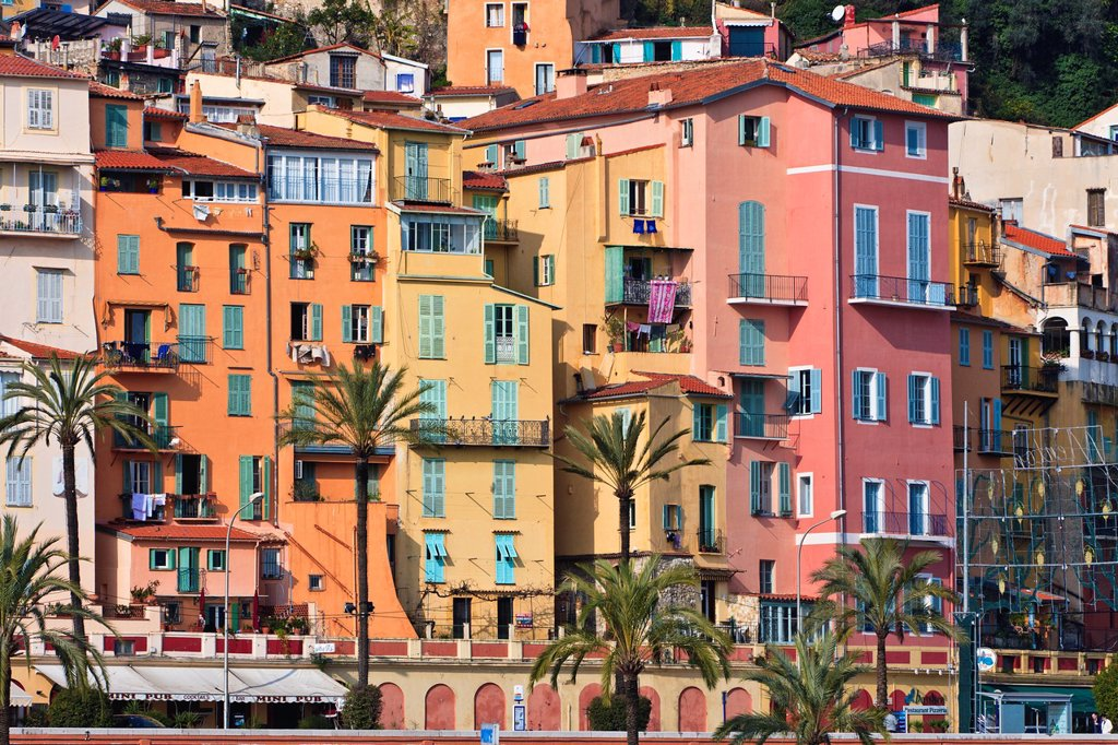 Stock Photo: 1566-744445 Coloful houses in Menton, France, Europe