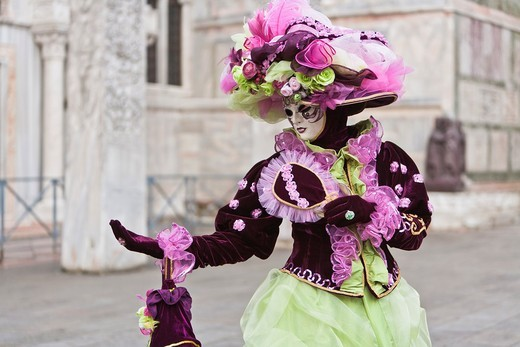 Stock Photo: 1566-744553 A masked woman at the carnival in Venice, Italy, Europe