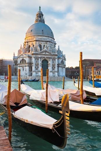 Stock Photo: 1566-744814 Sunrise over Santa Maria della Salute, Venice, Italy, Europe