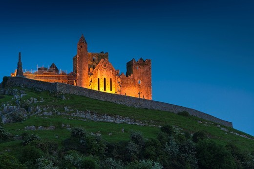 The illuminated Rock of Cashel, Cashel, County Tipperary, Ireland, Europe : Stock Photo