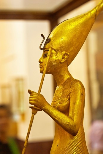 A Golden Statue of king Tutankhamen, The King as Harpooner, New Kingdom, Egyptian museum, Cairo, Egypt : Stock Photo