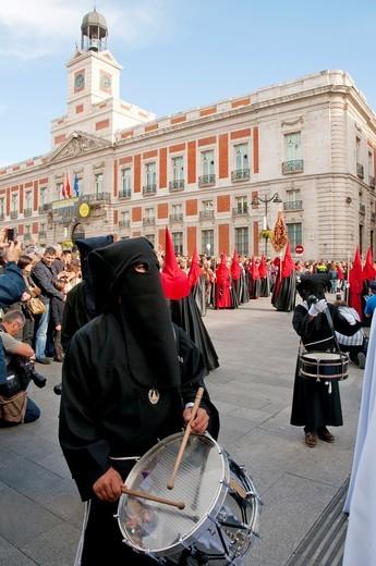 Drumming, La Soledad procession, Holy Week. Puerta del Sol, Madrid, Spain. : Stock Photo