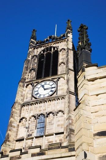 Parish Church of St Peter Huddersfield West Yorkshire England : Stock Photo
