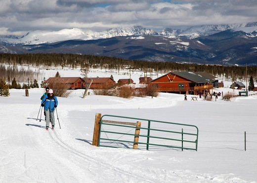 Stock Photo: 1566-752665 Granby, Colorado - A mother and daughter cross-country skiing at Snow Mountain Ranch in the Rocky Mountains  The ranch is operated by the YMCA  MR