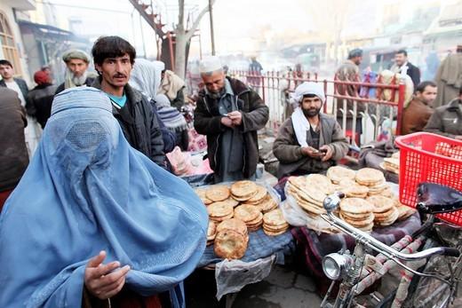 Stock Photo: 1566-758791 Daily life on the market in Kunduz