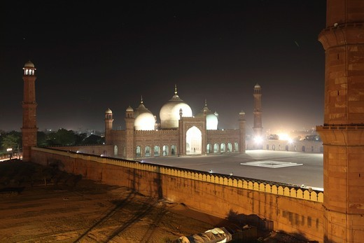 Stock Photo: 1566-759975 Badshahi Masjid mosque in Lahore