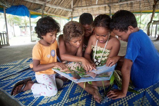 Stock Photo: 1566-760229 Children on Tuvalu, island in the pacific