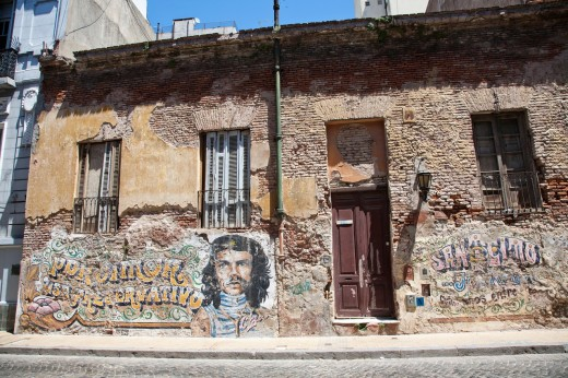 Stock Photo: 1566-760647 Derelict facade of an old building in San Telmo, Buenos Aires, Argentina