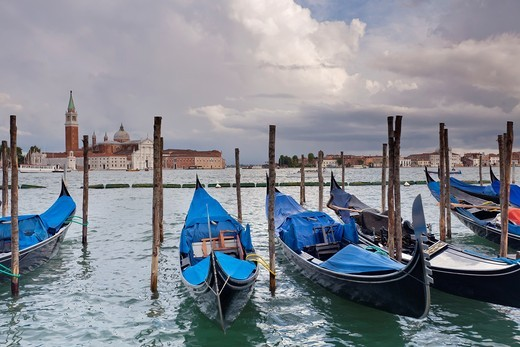 Stock Photo: 1566-761567 Gondole, Venice, Italy