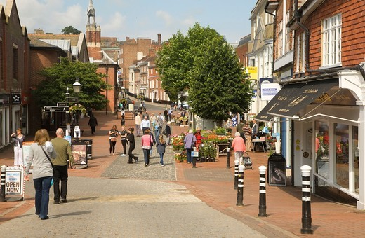 Stock Photo: 1566-763123 Pedestrian shoppers Cliffe High Street, Lewes, East Sussex, England