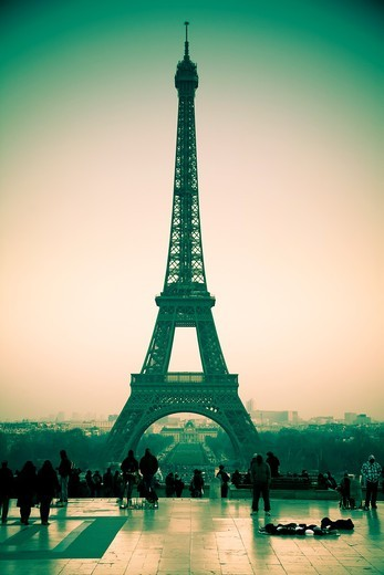 Stock Photo: 1566-763801 Eiffel Tower  Paris, France, Europe
