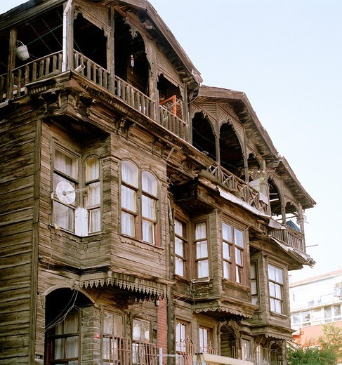 Ottoman housing in the district of Fener in Istanbul, Turkey : Stock Photo