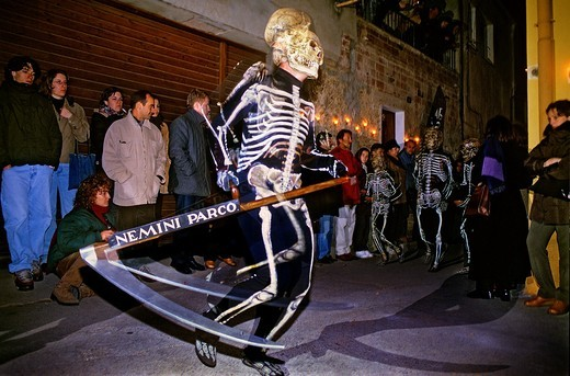 Dance of Death  Holy Week procession  Verges, Girona, Spain : Stock Photo
