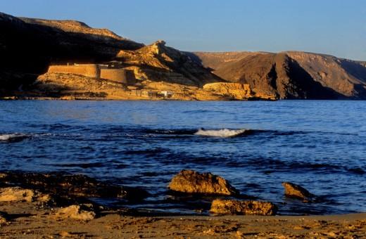 'El Playazo' In background castle of San Ramón  Cabo de Gata-Nijar Natural Park  Biosphere Reserve, Almeria province, Andalucia, Spain : Stock Photo