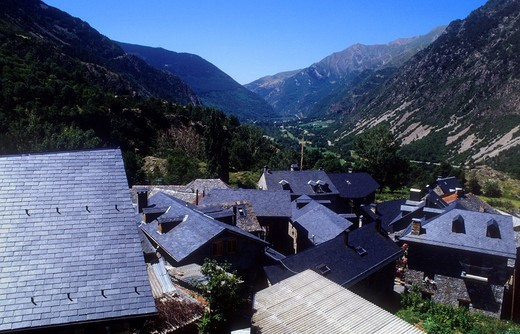 Stock Photo: 1566-766636 Viewer in Boí  Boí valley Lleida province  Catalonia  Spain