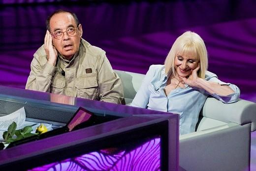 10 04 2011, Milan  ´Che tempo che fa´ telecast RAI 3  Raffaella Carrà and Gianni Boncompagni : Stock Photo