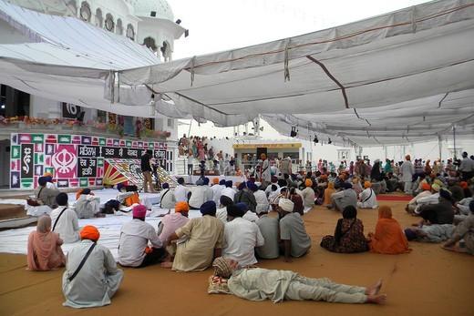 Stock Photo: 1566-769228 Holla Mohalla festival, Amristar, India
