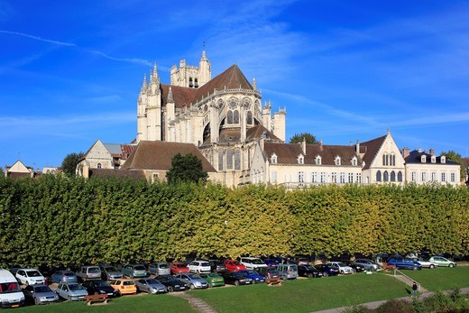 Auxerre Cathedral Saint-Etienne, Auxerre, Yonne department, Burgundy, France : Stock Photo